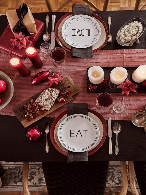 Kerst checklist: versierde feestelijke tafel