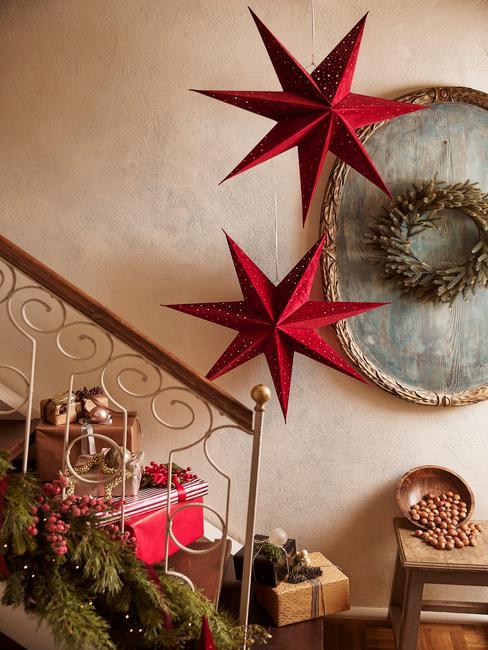 Papieren ster als kerstdecoratie