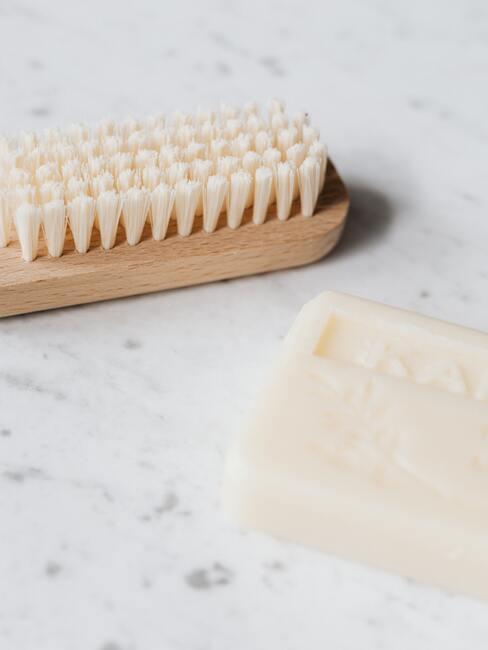 Gezicht verzorging: accessoires voor gezichtsreiniging en zeep
