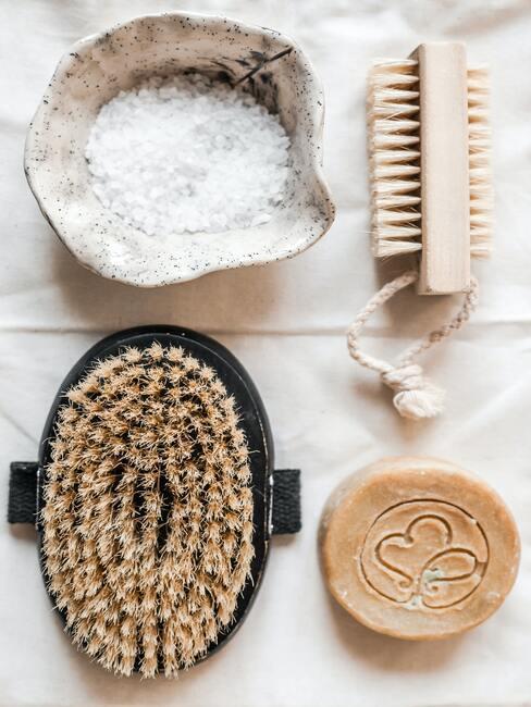 Gezichts peeling: accessoires voor de verzorging van de huid