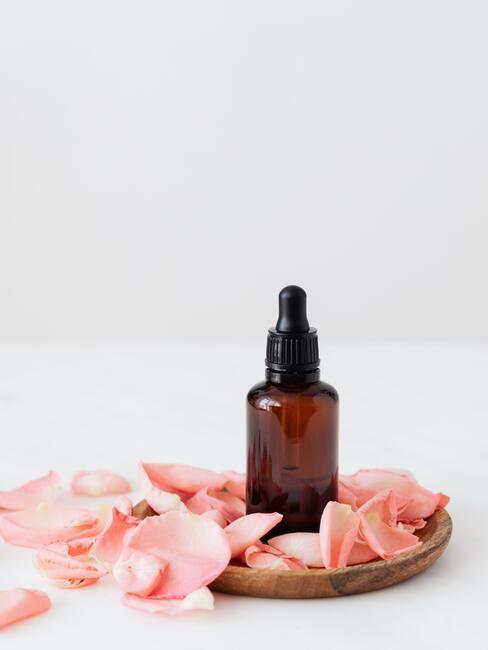Oliën voor gezichts-, lichaams- en haarverzorging