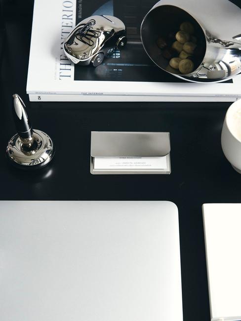 Home office in zwart en wit