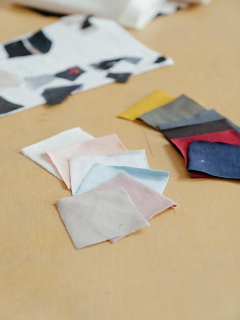 kleurrijk materiaal voor het maken van een creatief mondkapje