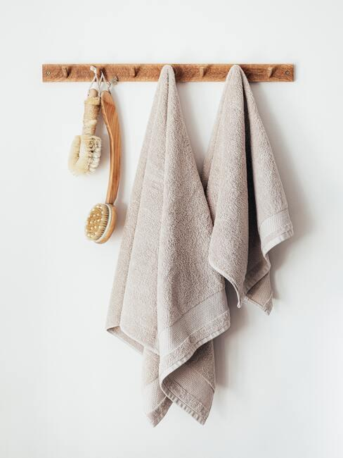 Handdoeken met borstels