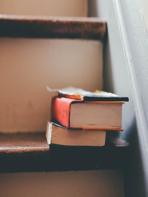 trap en boeken