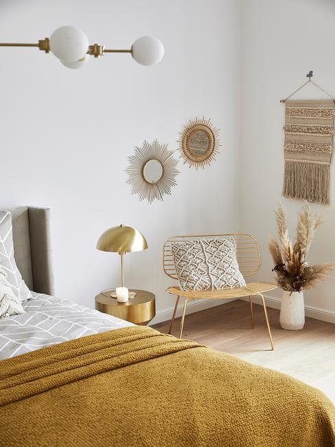 hotel slaapkamer met gouden details