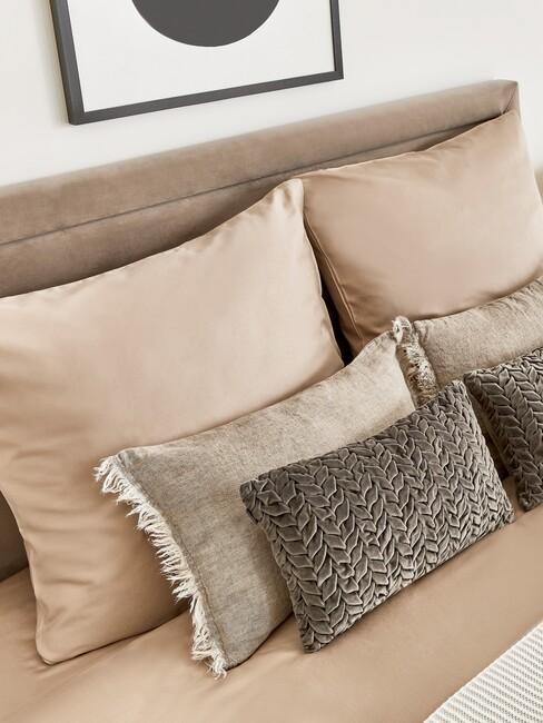 Velvet bedbord