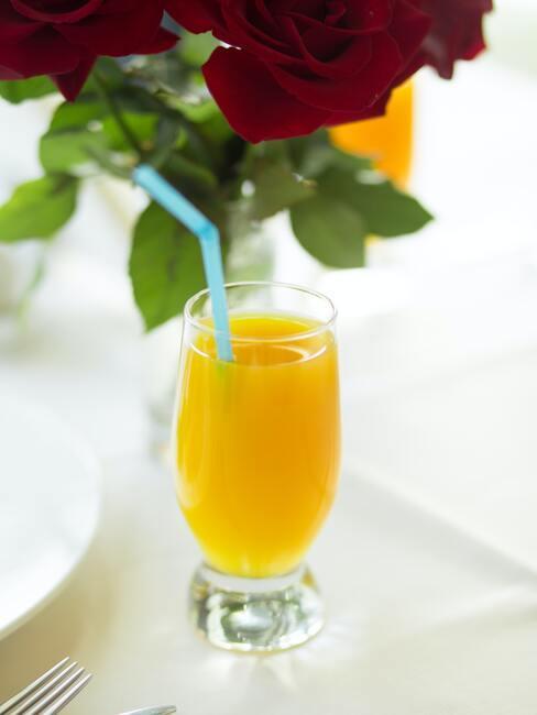 orange juice Valentijn ontbijt