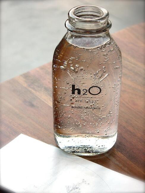 Water drinken in de ochtend