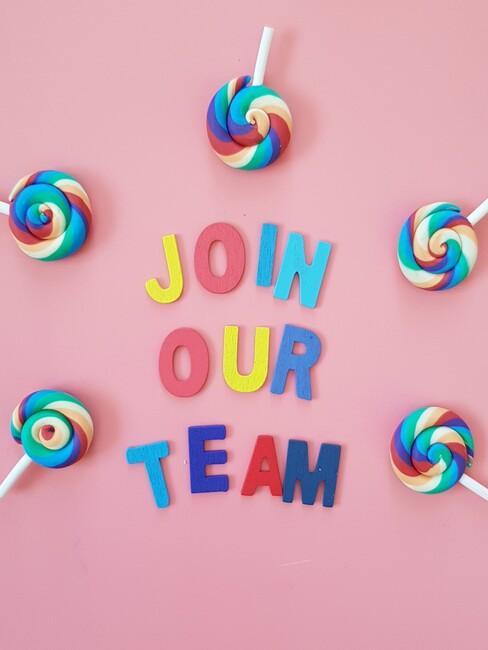 Join our team in regenboog kleuren