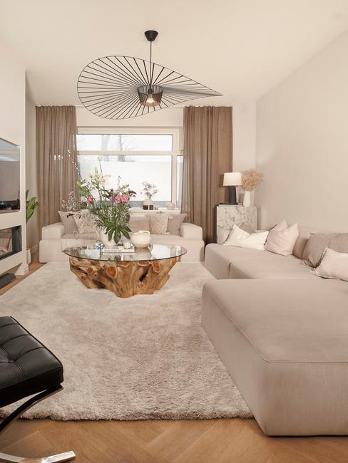 De huiskamer van Rianne Meijer met de Melva sofa