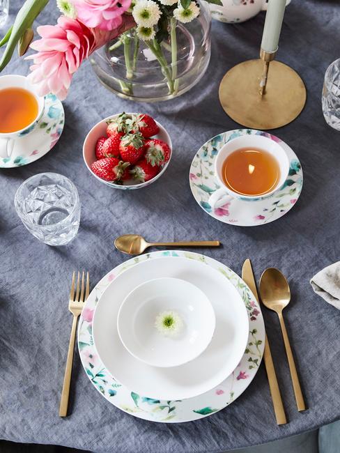 Gedekte tafel in scandi stijl