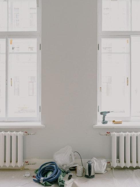 huis renoveren en verven radiator