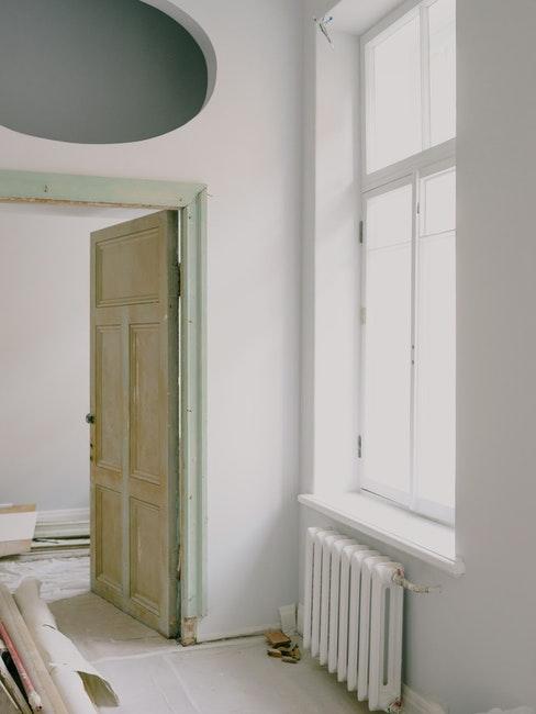 renovatie wonin met witte muren