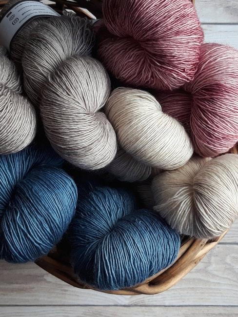 garens in grijs, blauw, wit en roze