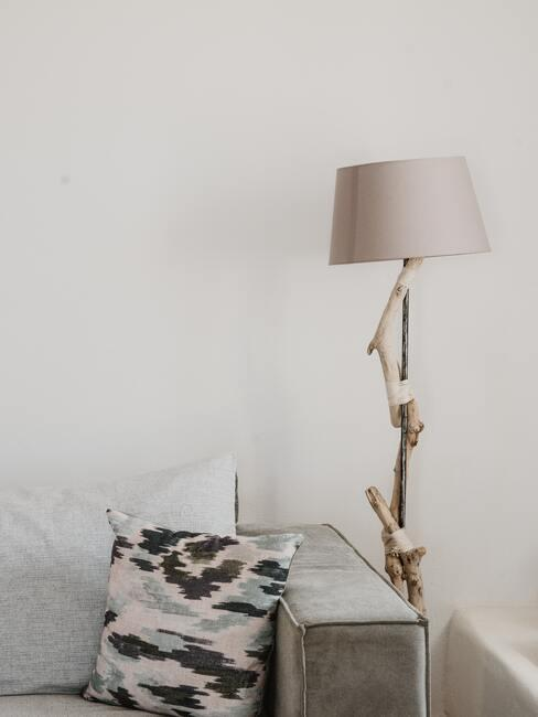 Tafellamp in beige