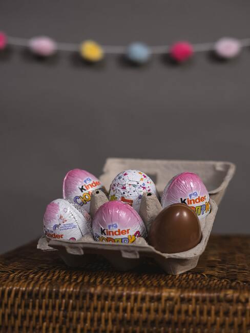 Kinder surprise eieren met paasgroet