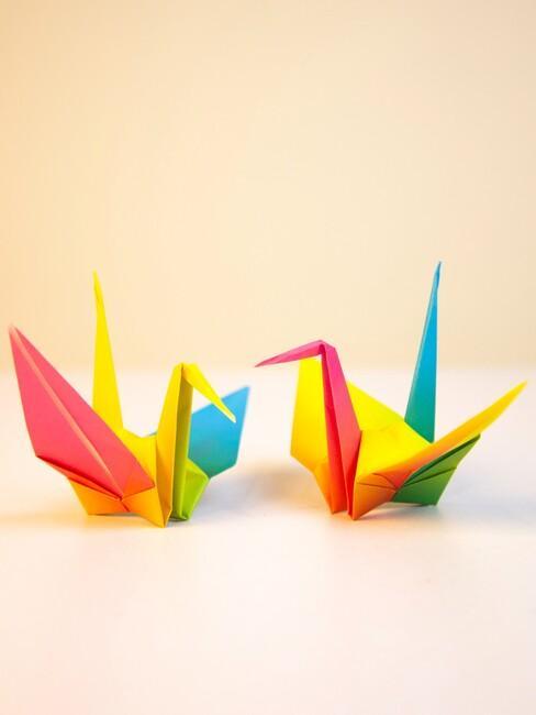 gekleurde origami vogels