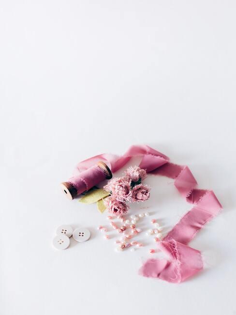 roze knopen