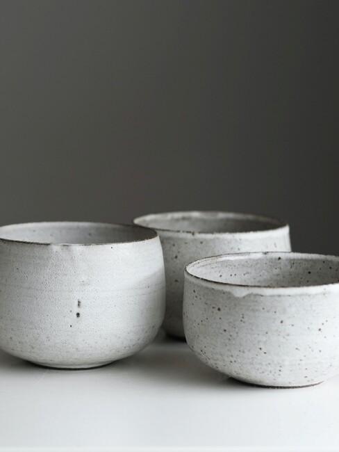 blauw grijze porseleinen potten