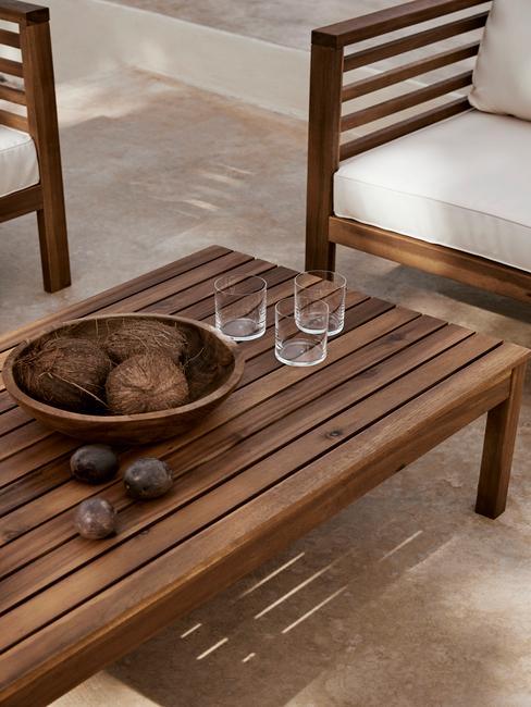 houten tuinset met houten schaal