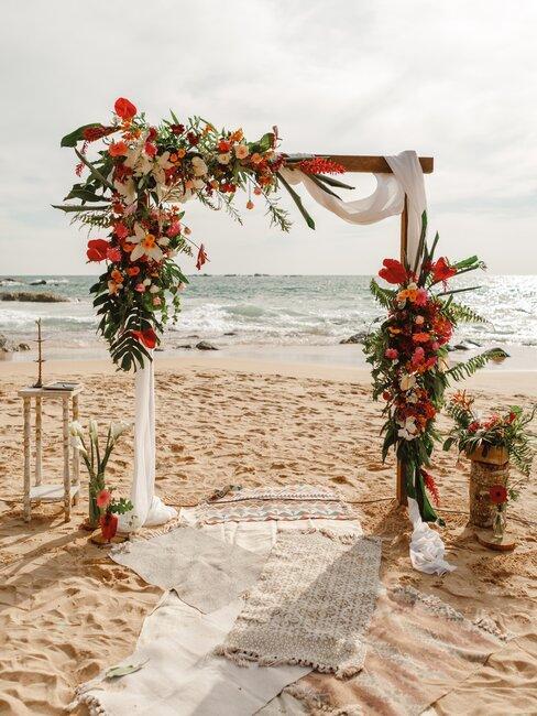 strand bruiloft in boho stijl