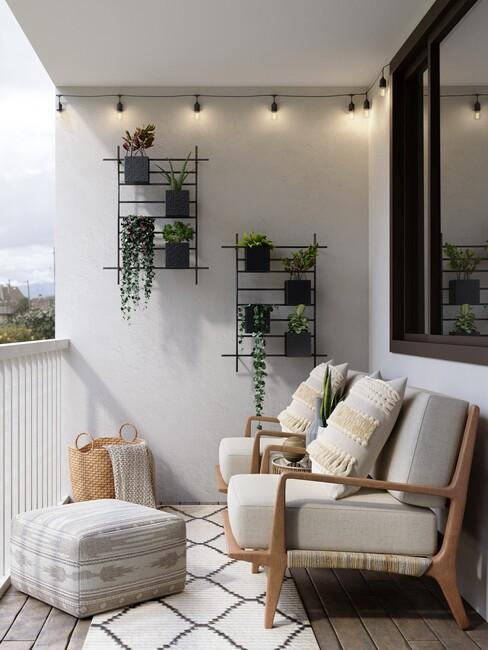 balkon verlichting met twee stoelen