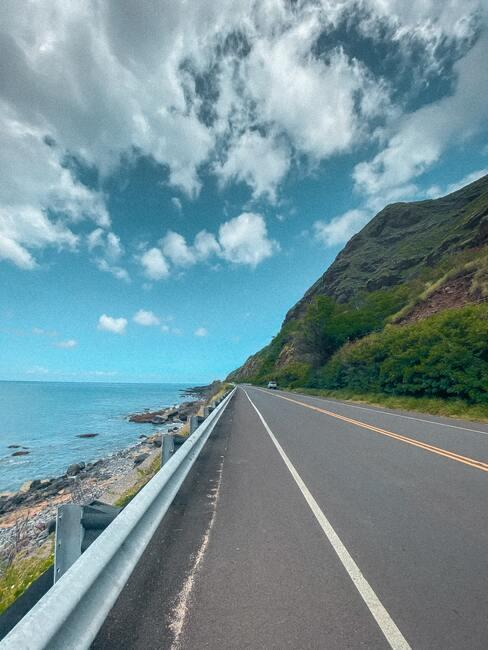 weg langs de zee