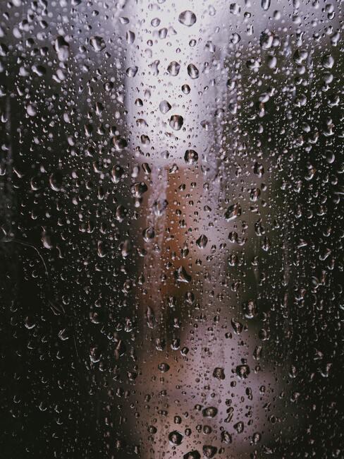condens op een raam