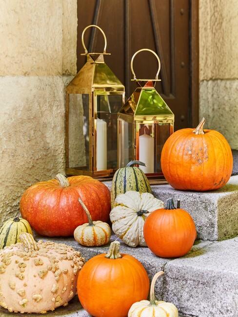 herfstdecoratie voordeur