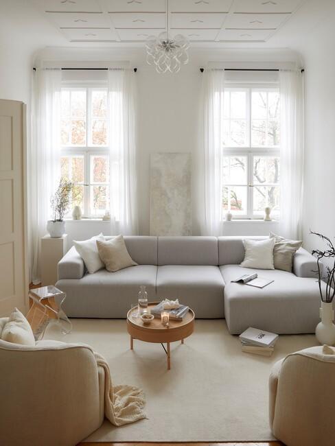 grijze hoekbank in woonkamer