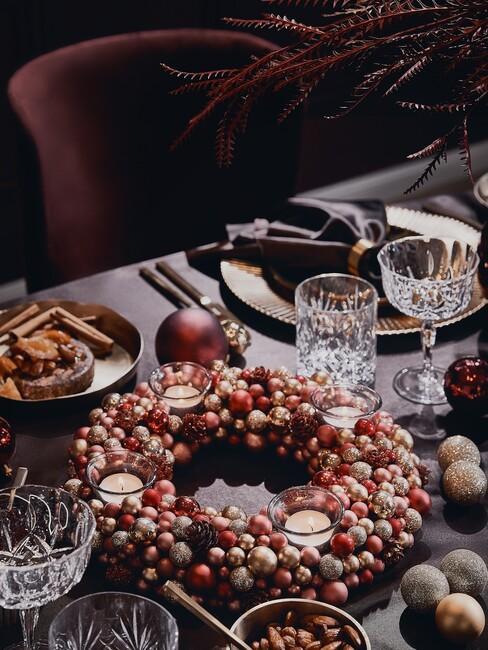 eettafel in kerstsferen