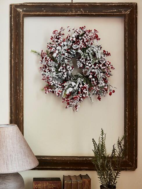 Rode met witte kerstkrans
