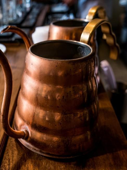 Mosiężny dzbenek do parzenia kawy