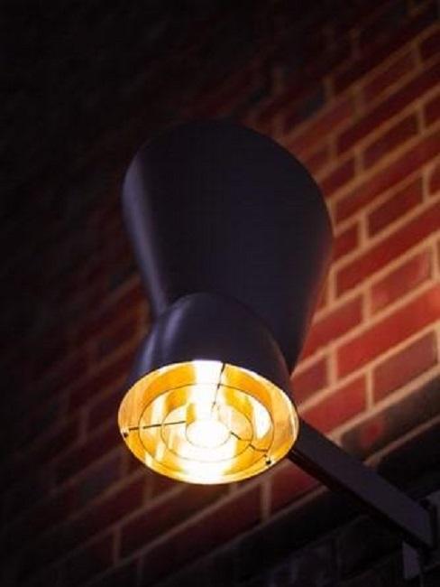 Lampa zaprojektowana przez Alvara Aalto