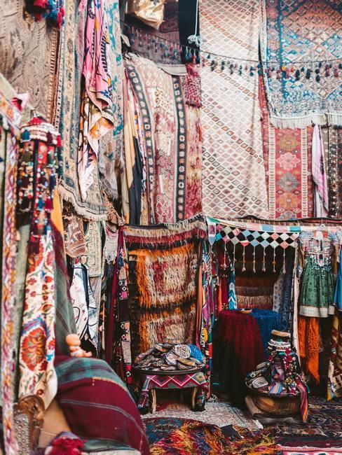 Sklep orientalny z tekstyliami