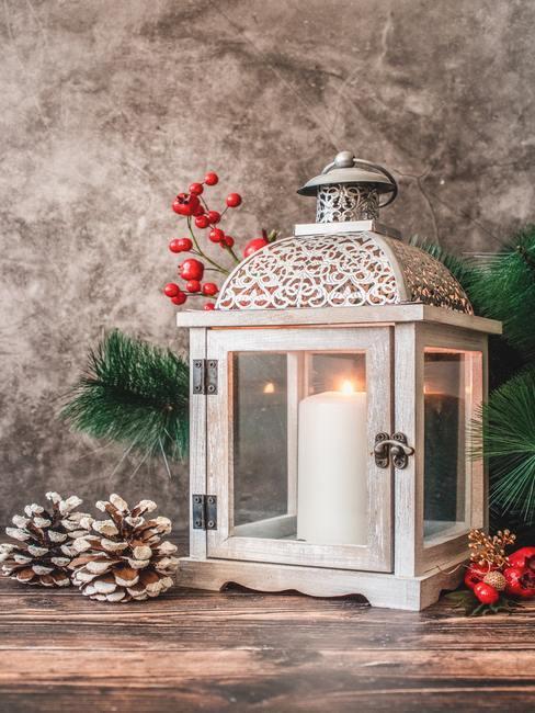 Latarenka jako dekoracja świąteczna