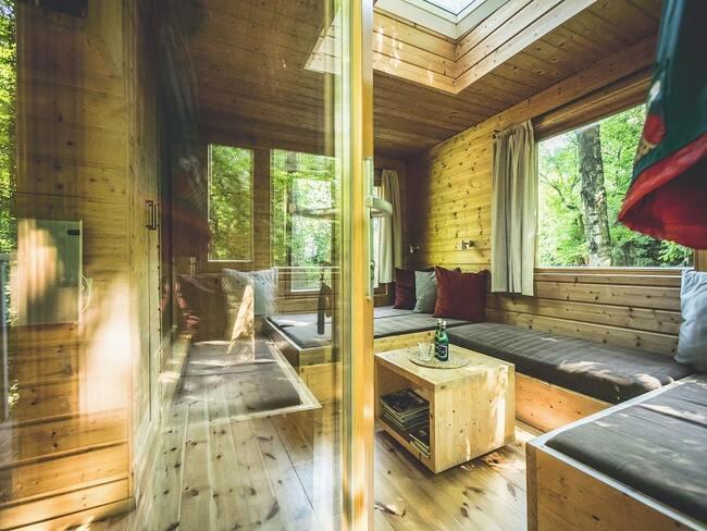 Drewniane wnętrze apartamentu Jodła