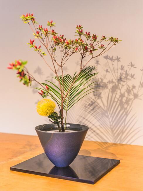 Kwiaty w japońskim stylu ikebana