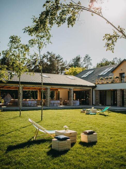 Ogród w lokalizacji weselnej Przepitki i Przekaski