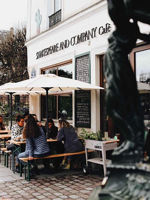 Shakespeare & Company księgarnia w Paryżu