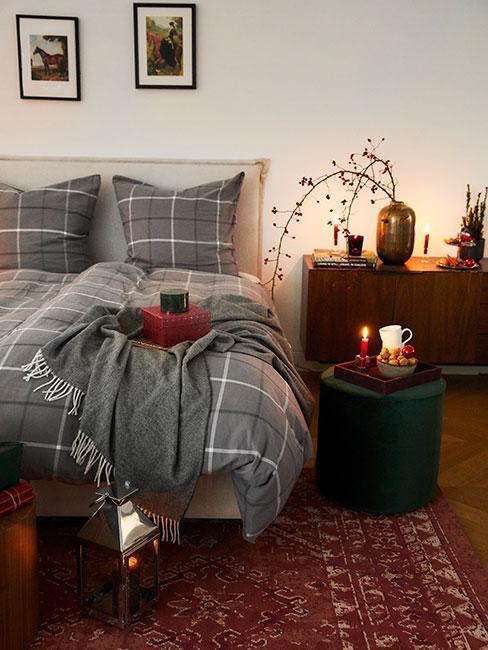 Zimowa sypialnia z flanelową pościelą w szarą kratę
