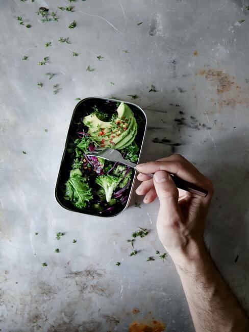 Lunch box z awokado