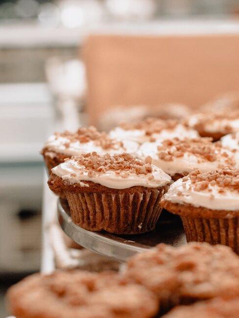 Muffinki marchewkowe z polewą