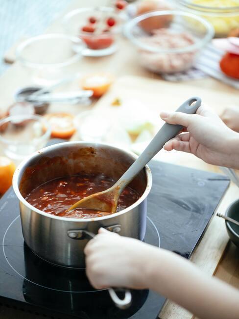 Włoska zupa pełna warzyw