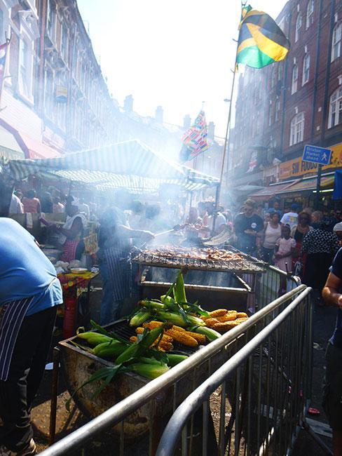 Stoisko z kuchnia Afrokaraibską w Londynie
