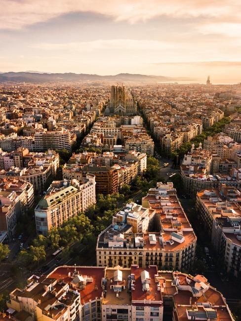 Widok na Barcelonę z lotu ptaka