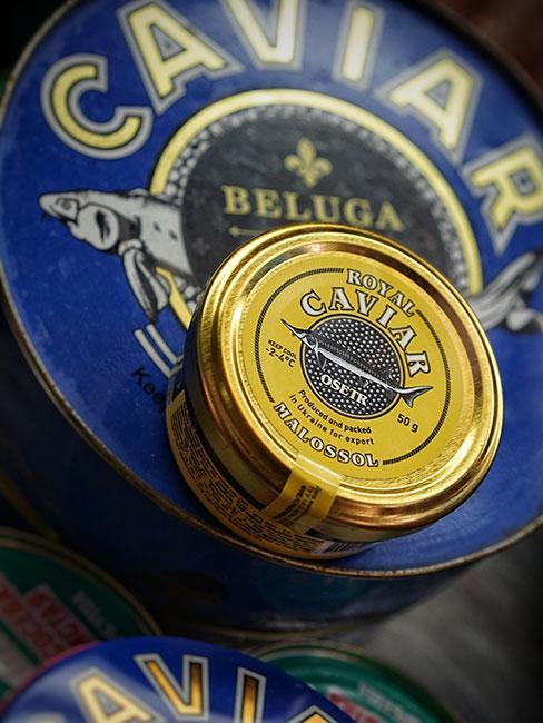 Kawior Beluga w granatowozłotej puszce
