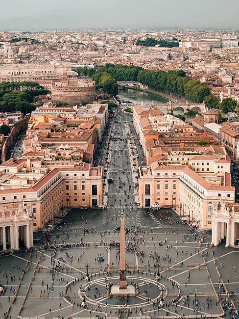 Plac Świętego Piotra w Rzymie