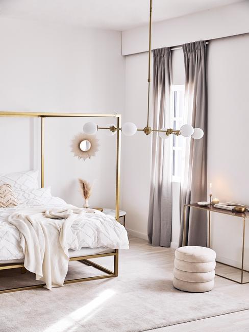 Sypialnia w stylu total beige look